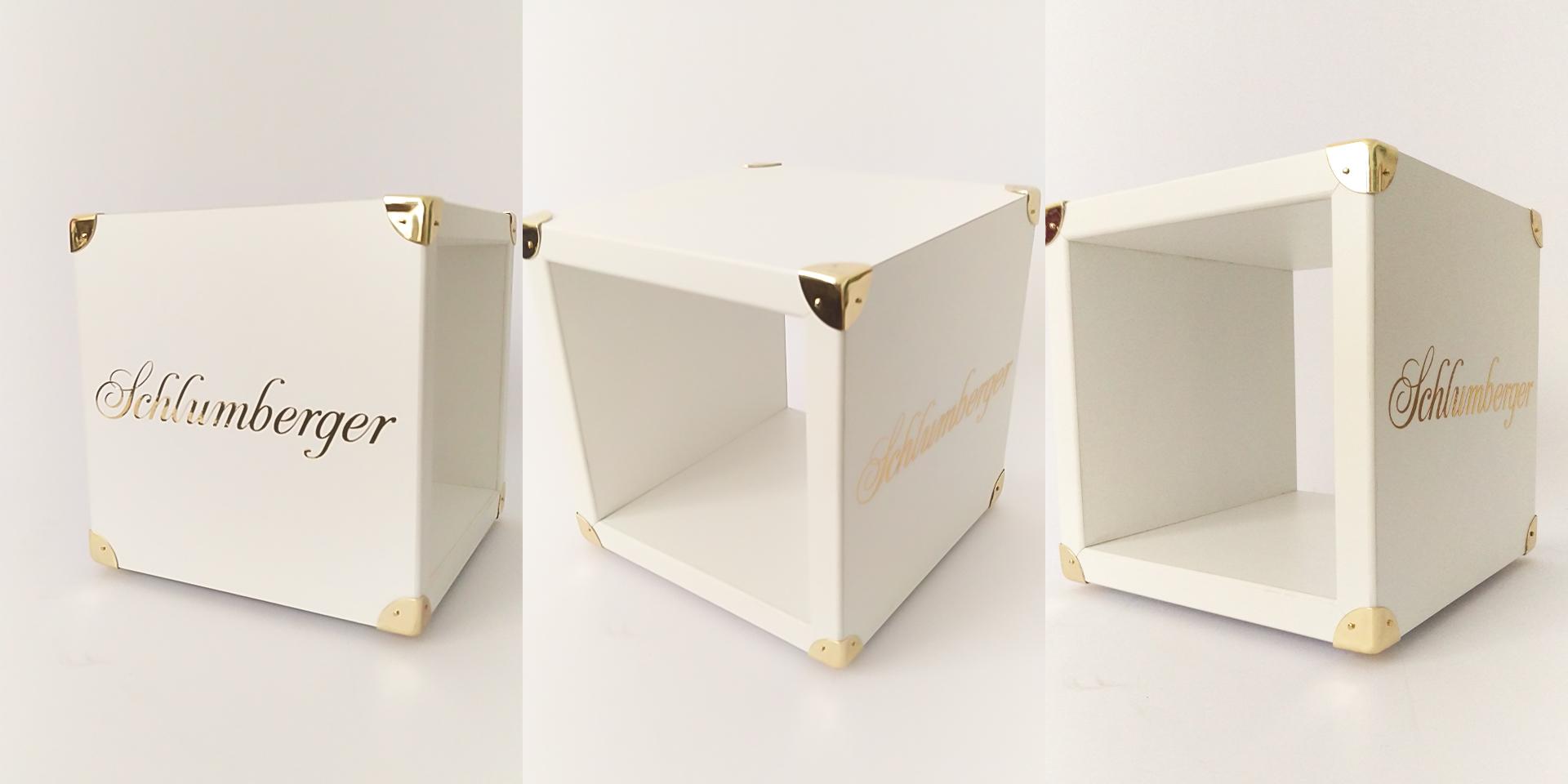 Schlumberger Mamont - Cube Display - Zweyloeven GmbH